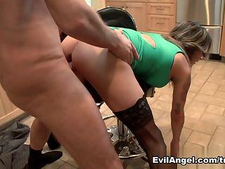 AJ Applegate Videa & Porn Motors Tube